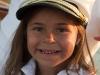 Bambina sulla barca a gabicce mare