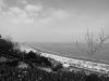 La spiaggia di Gabicce Mare coperta di neve vista dall'alto