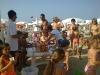 bagnanti in festa ai bagni 32 gabicce mare